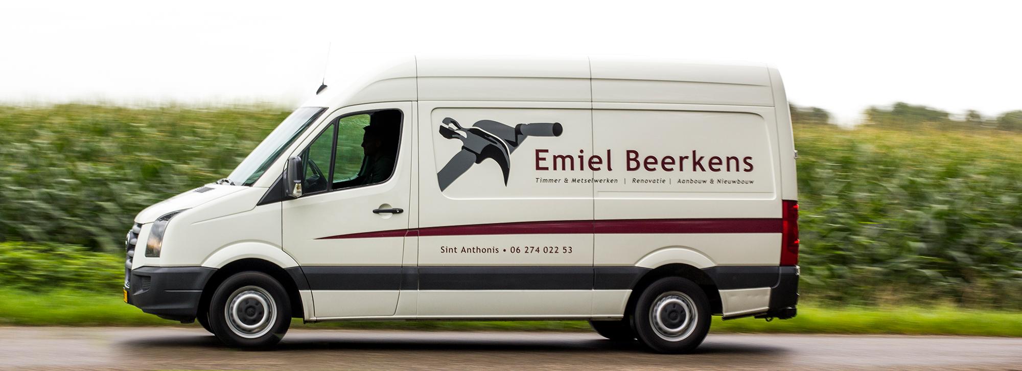 De bedrijfsbus van Emiel Beerkens | Emielbeerkens.nl | Verbouw, aanbouw, renovatie, timmer- en metselwerken